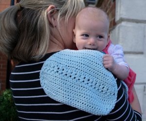 Crochet burp cloth pattern