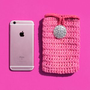 pink cell phone case crochet pattern
